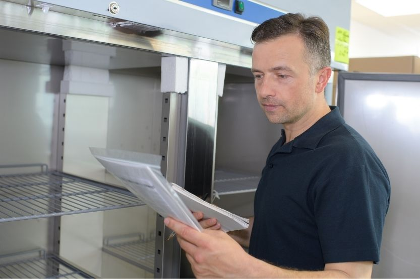 You are currently viewing Warning Signs a Commercial Refrigerator Needs Repair